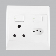 16 AMP PLUG + ZA PLUG (5 per box)
